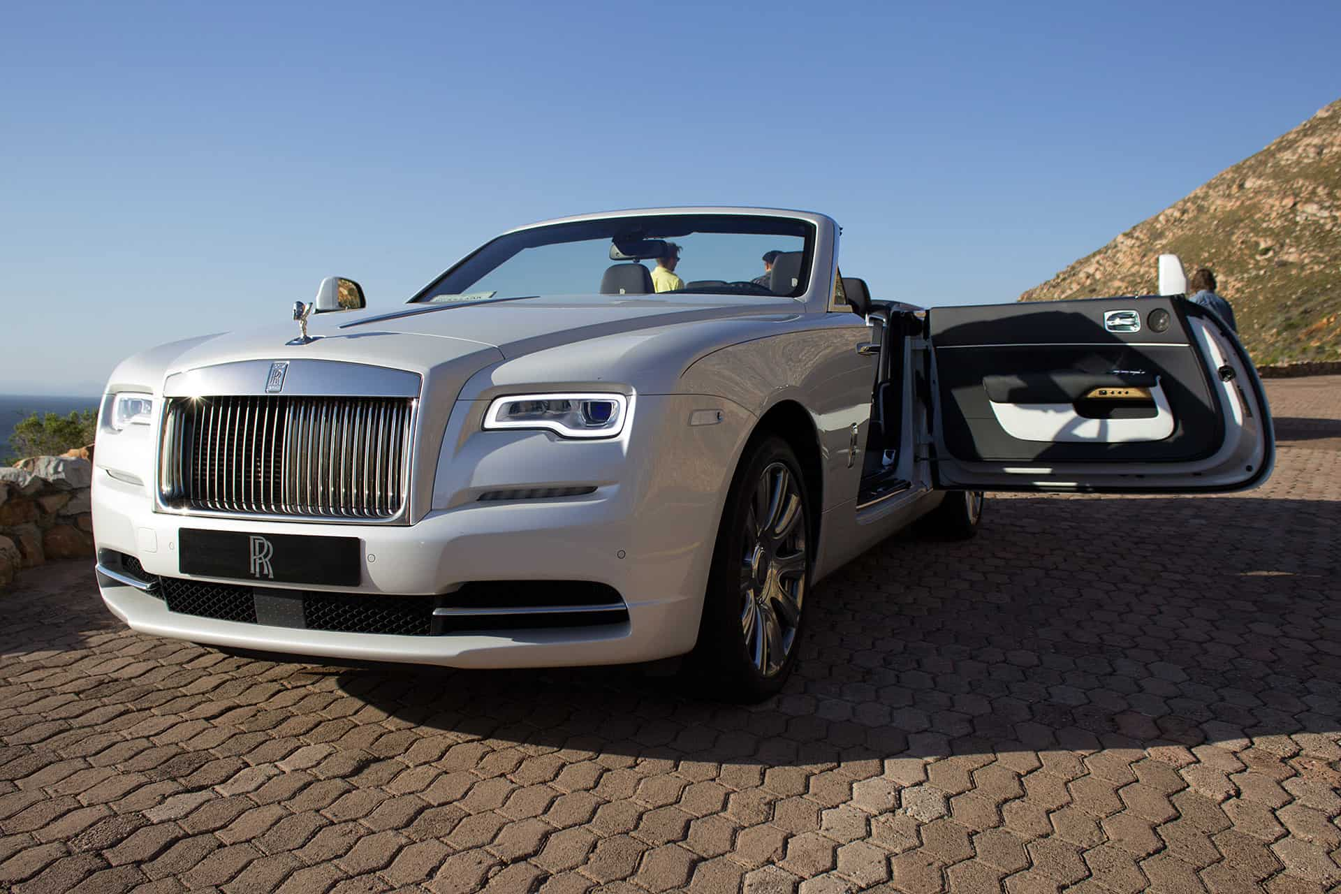 the 2016 rolls royce dawn first drive. Black Bedroom Furniture Sets. Home Design Ideas