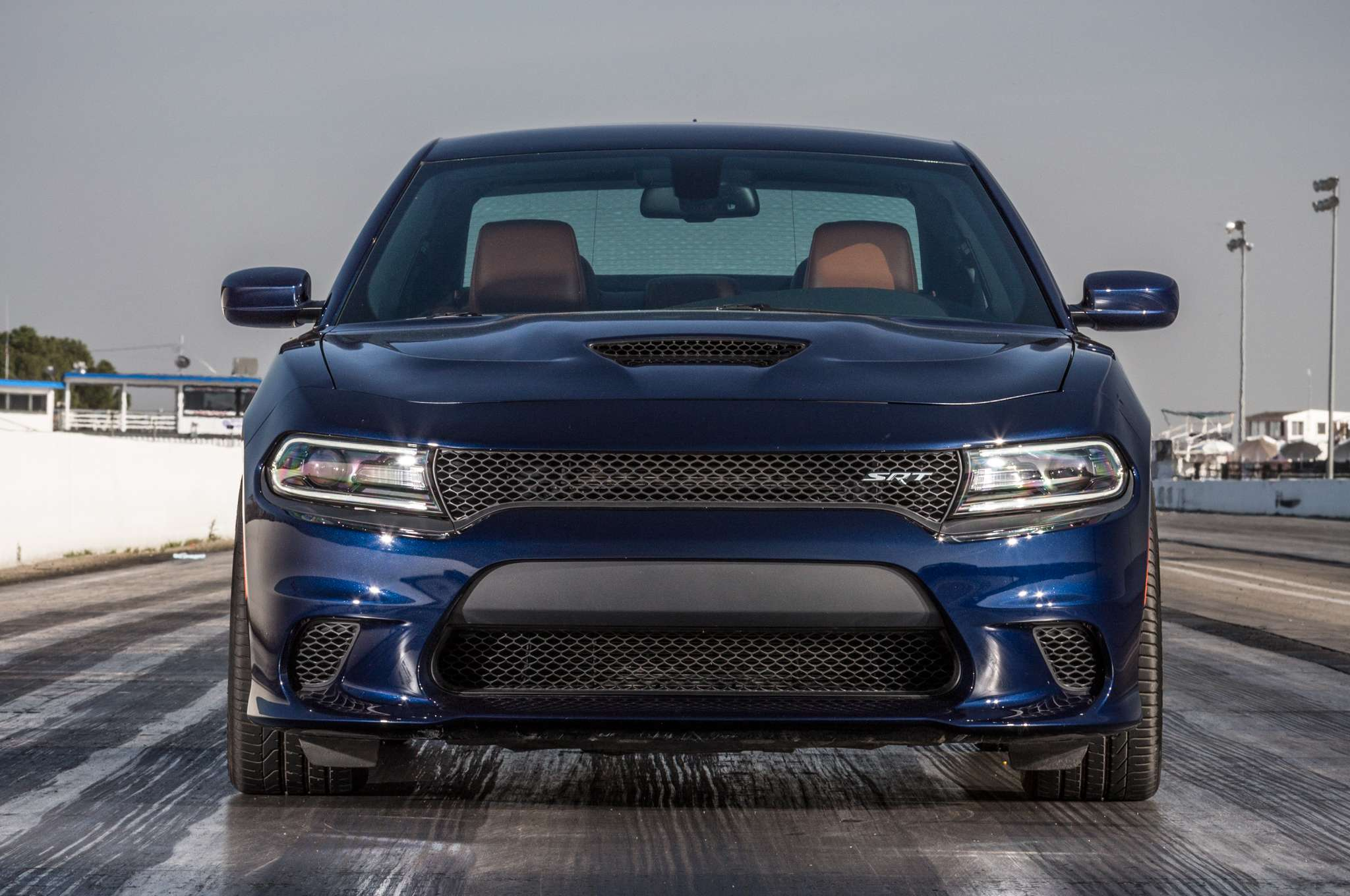 2015 Dodge Charger SRT Hellcat vs. 2015 Tesla Model S P85D