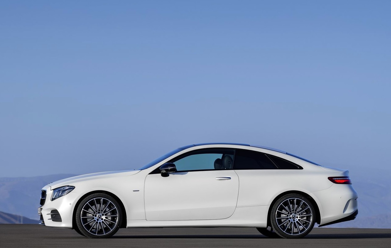 new 2017 mercedes benz e class coupe revealed. Black Bedroom Furniture Sets. Home Design Ideas