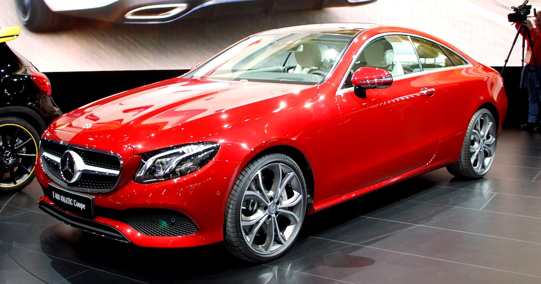 New Mercedes Benz E400 4matic Coupe Revealed