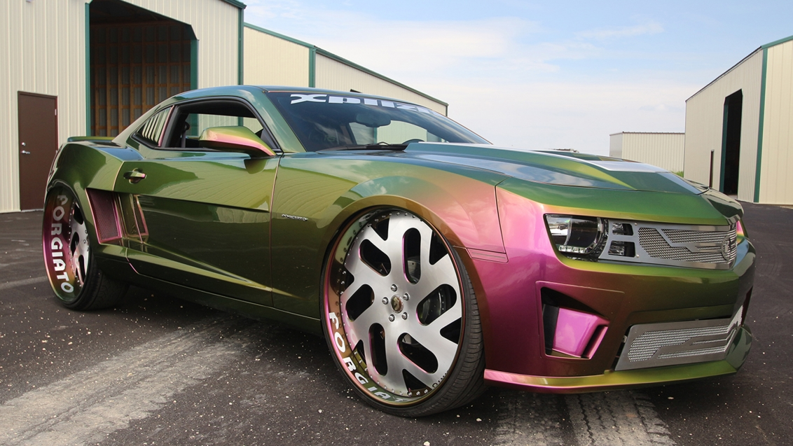 Chameleon Camaro On 30 Inch Wheels