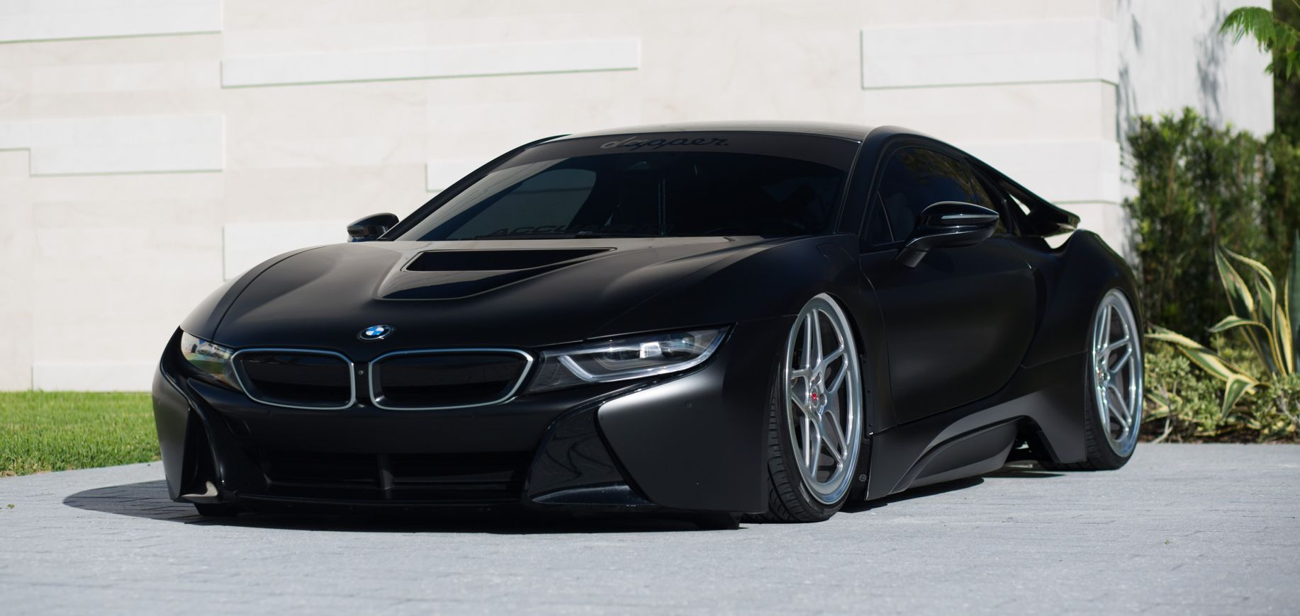 Matte Black Bmw >> Menacing Matte Black Bmw I8 Savage