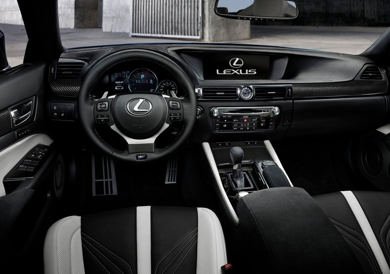 Lexus-GS_F_2016_800x600_wallpaper_62.jpg