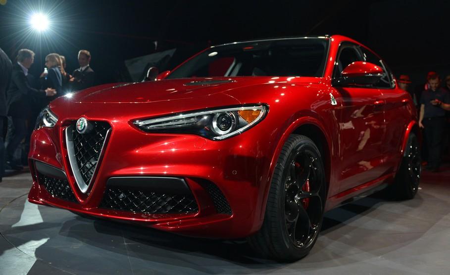 2018 Alfa Romeo Stelvio Quadrifoglio SUV Revealed