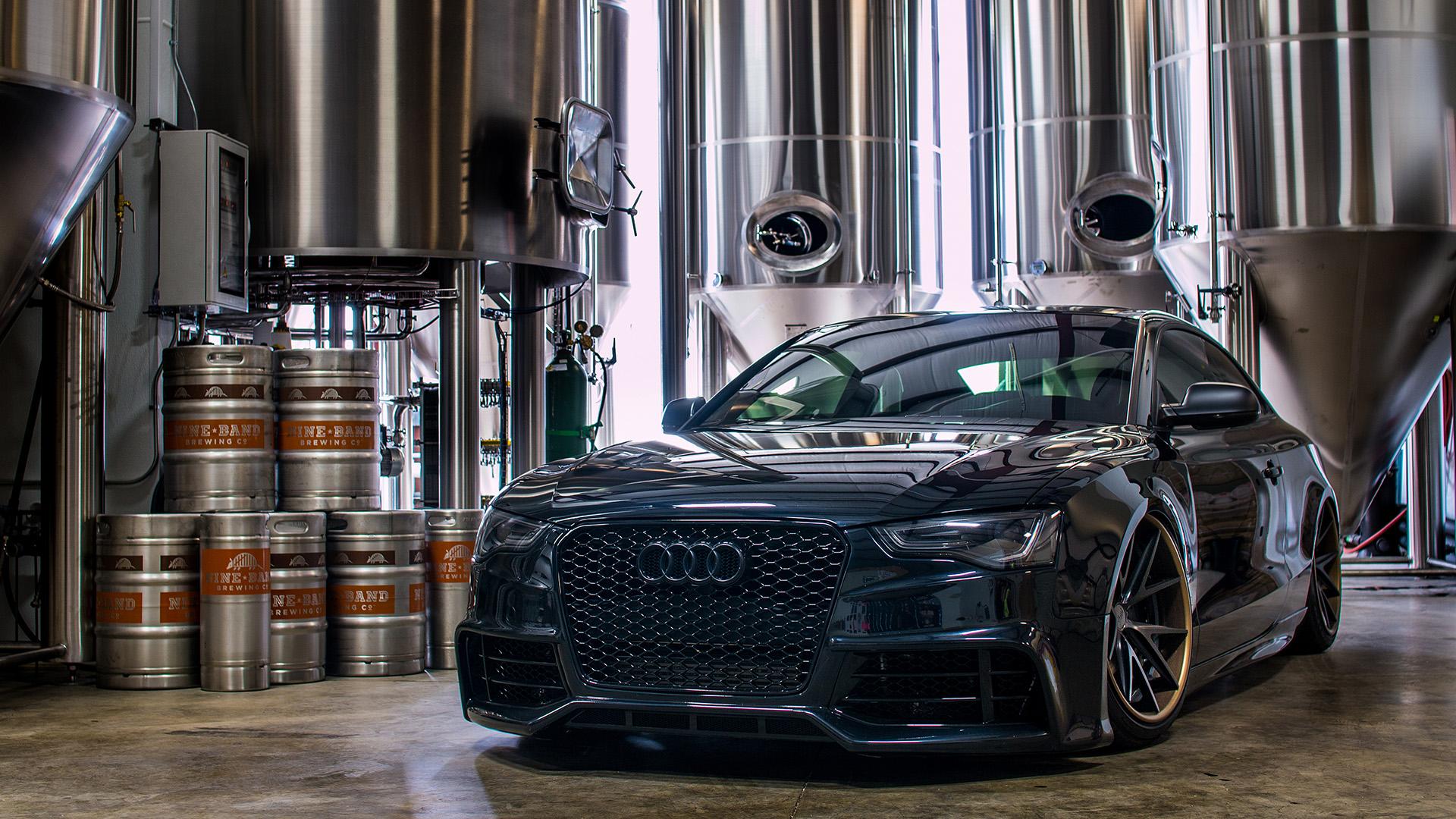 Distild Black On Black Audi A5