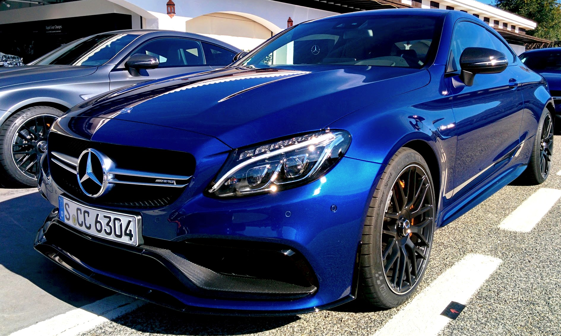 2017 mercedes amg c63 s coupe savage on track. Black Bedroom Furniture Sets. Home Design Ideas