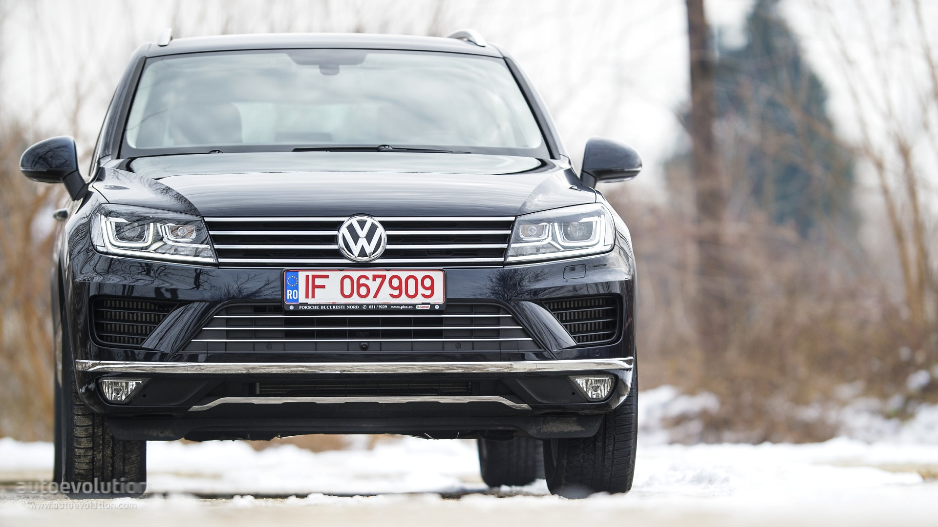 2015 Volkswagen Touareg Review